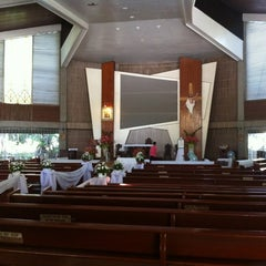 Photo taken at Redemptorist Church by Peejay T. on 10/14/2011