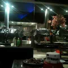 Photo taken at Faenza Pizza & Grill by Thatiana M. on 7/17/2012