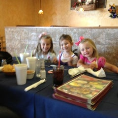 Photo taken at Senor Pepe's Mexican Restaurant by Tracy M. on 5/21/2012