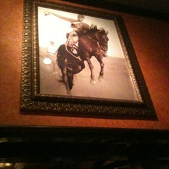 Photo taken at LongHorn Steakhouse by Mike on 11/10/2011