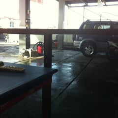 Photo taken at SHM Car wash by Rahmat R. on 6/10/2012