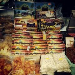 Photo taken at Pasar Malam Jalan Tuanku Abdul Rahman by Syafiq F. on 7/7/2012