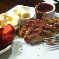 Photo taken at Max Brenner Chocolate Bar by Razan A. on 8/3/2012