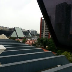 Photo taken at Universidade Cruzeiro do Sul - Campus Pinheiros by Arthur. D. on 6/20/2012