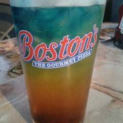 Photo taken at Boston's Restaurant & Sports Bar by Hannah M. on 6/15/2012