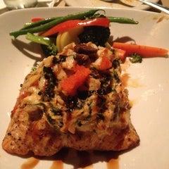 Photo taken at Bonefish Grill by Rachel on 7/7/2012