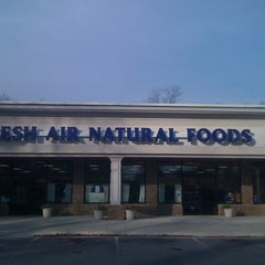 Photo taken at Fresh Air Natural Foods by Dawn M. on 12/3/2011