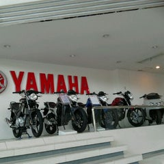 Photo taken at YAMAHA FLAG SHIP JAKARTA  (Cempaka Putih) by Mossy T. on 11/26/2011