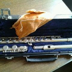 Photo taken at Escuela De Musica Enarmonia by Hugo G. on 9/13/2012