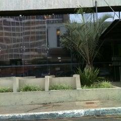 Photo taken at Tribunal Regional Federal da 1ª Região (TRF1) by Felipe M. on 8/26/2011