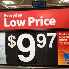 Photo taken at Walmart Supercenter by Gary M. on 5/11/2012