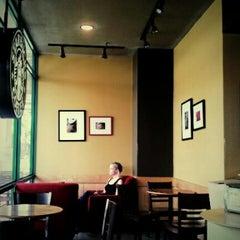 Photo taken at Starbucks (สตาร์บัคส์) by Woralan P. on 9/6/2012