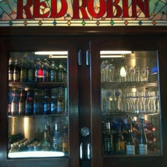 Photo taken at Red Robin Gourmet Burgers by Doug D. on 9/11/2012