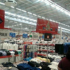 Photo taken at Sam's Club by Fernando B. on 11/29/2011