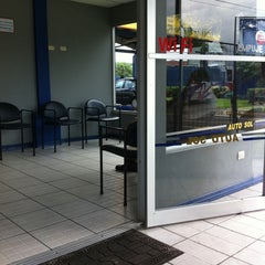 Photo taken at Auto Sol Lavacar by Juan Manuel T. on 8/25/2011