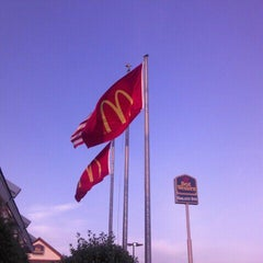 Photo taken at McDonald's by Joanne O. on 5/19/2012