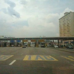 Photo taken at Plaza Tol Sungai Besi by Meanz S. on 2/7/2012