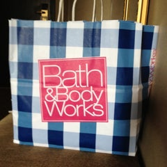 Photo taken at Bath & Body Works by Tongela L. on 6/20/2012