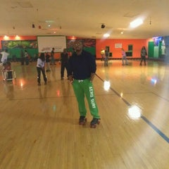 Photo taken at Sparkles Family Fun Center by Roger B. on 4/9/2012