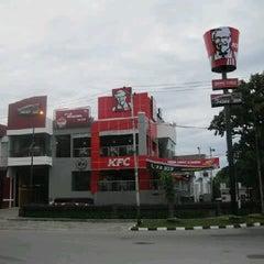 Photo taken at Kediaman by Arief R. on 4/8/2011