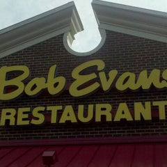 Photo taken at Bob Evans Restaurant by Sonya M. on 9/30/2011