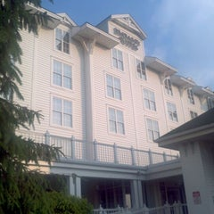 Photo taken at Embassy Suites by Hilton Pittsburgh International Airport by Amanda C. on 5/25/2012
