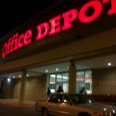 Photo taken at Office Depot by Abraham M. on 12/11/2011