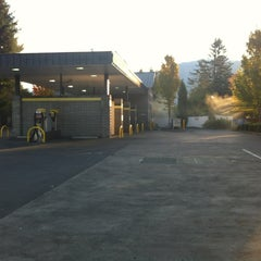Photo taken at Twin Star Car Wash by Terry G. on 10/19/2011