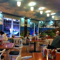 Photo taken at Solo Veracruz es Bello by Stephanie P. on 7/25/2011