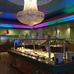 Photo taken at Hibachi Grill & Supreme Buffet by Vanessa G. on 7/31/2012