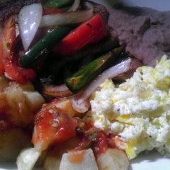 Photo taken at Mi Abuelita's Mexican Restaurant by Precious R. on 9/9/2011