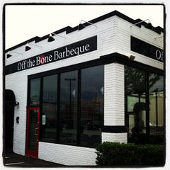 Photo taken at Off The Bone Barbeque by Gavin on 5/2/2012
