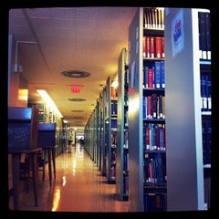 Photo taken at Ellis Library by Tanya T. on 10/13/2011