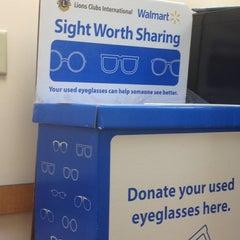 Photo taken at Walmart Supercenter by Tosha G. on 4/18/2012