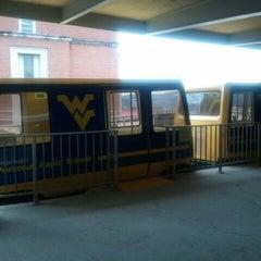 Das Foto wurde bei Beechurst PRT Station von Nick B. am 2/14/2012 aufgenommen