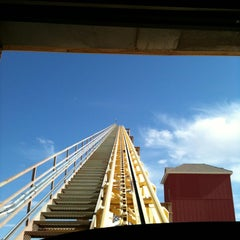 Photo taken at The Desperado Roller Coaster by Tanaura on 4/9/2012