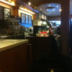 Photo taken at Starbucks by Richard D. on 1/13/2012