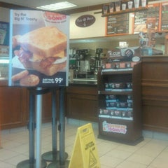 Photo taken at Dunkin' Donuts by Chris F. on 9/18/2011