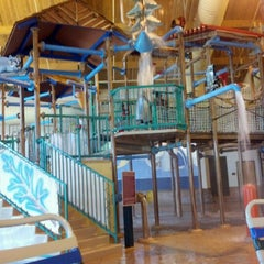 Photo taken at Tundra Lodge Waterpark by Alexandria K. on 4/4/2012