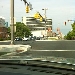 Photo taken at Sheraton Inner Harbor Hotel by T Anthony D. on 4/30/2012