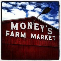 Photo taken at Money's Farm Market by John W. on 6/6/2012