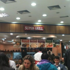 Photo taken at Super Grill Express by Sidnei on 6/25/2012