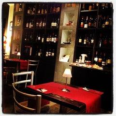 Photo taken at Énonè by Pierluigi C. on 3/16/2012