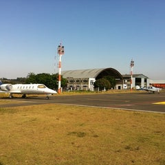 Photo taken at Aeroporto Estadual Campo dos Amarais (CPQ/SDAM) by Fabio L. on 8/28/2012