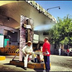 Photo taken at Puente Internacional Santa Fe (Paso Del Norte) by Drawo .. on 4/26/2012