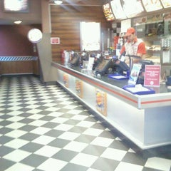 Photo taken at Burger King by Szűcs G. on 5/20/2012