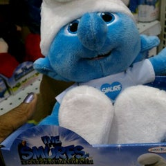 """Photo taken at Toys""""R""""Us by Toy T. on 12/16/2011"""