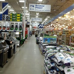 Photo taken at Lowe's Home Improvement by Chris ®. on 2/24/2012