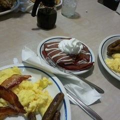 Photo taken at IHOP by Ebbz M. on 5/10/2012