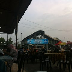 Photo taken at Ramal Junction Food Court by Syida on 7/4/2012